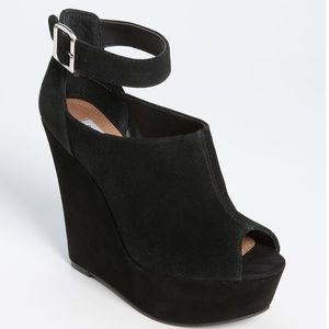 Steve Madden Black Wedge Open Toe Strap Wedge 7.5